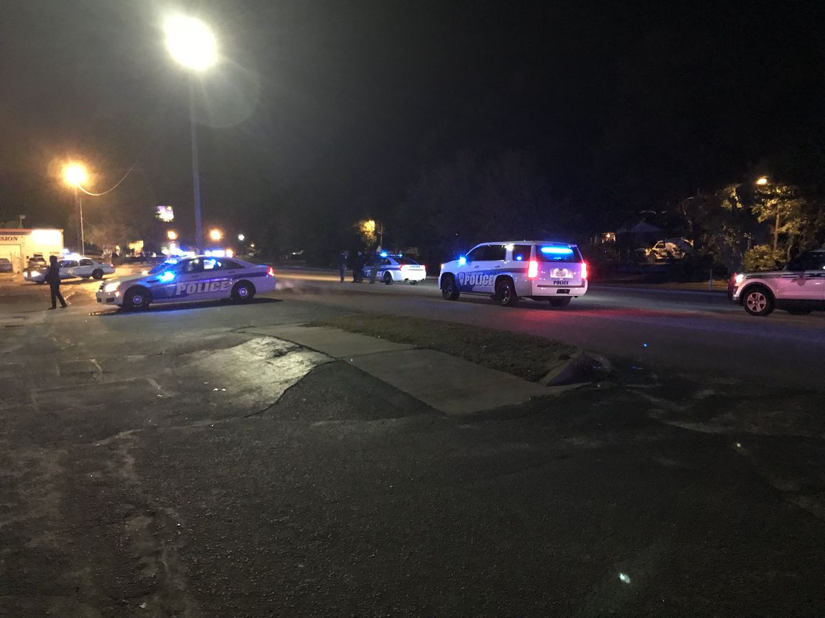 North Charleston police investigate incident on Dorchester Road