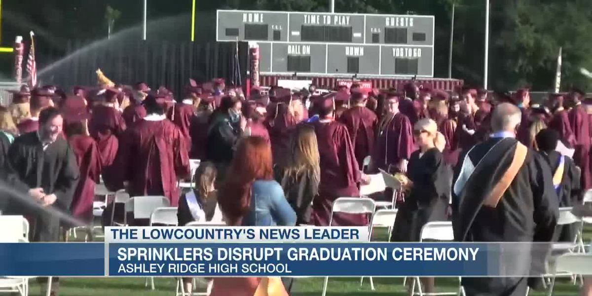 VIDEO: Sprinklers disrupt graduation ceremony, but parents, seniors take it in stride