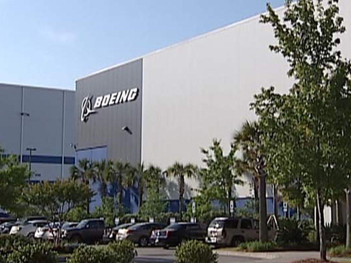 Boeing expects to reduce workforce by 30K after third-quarter profits report