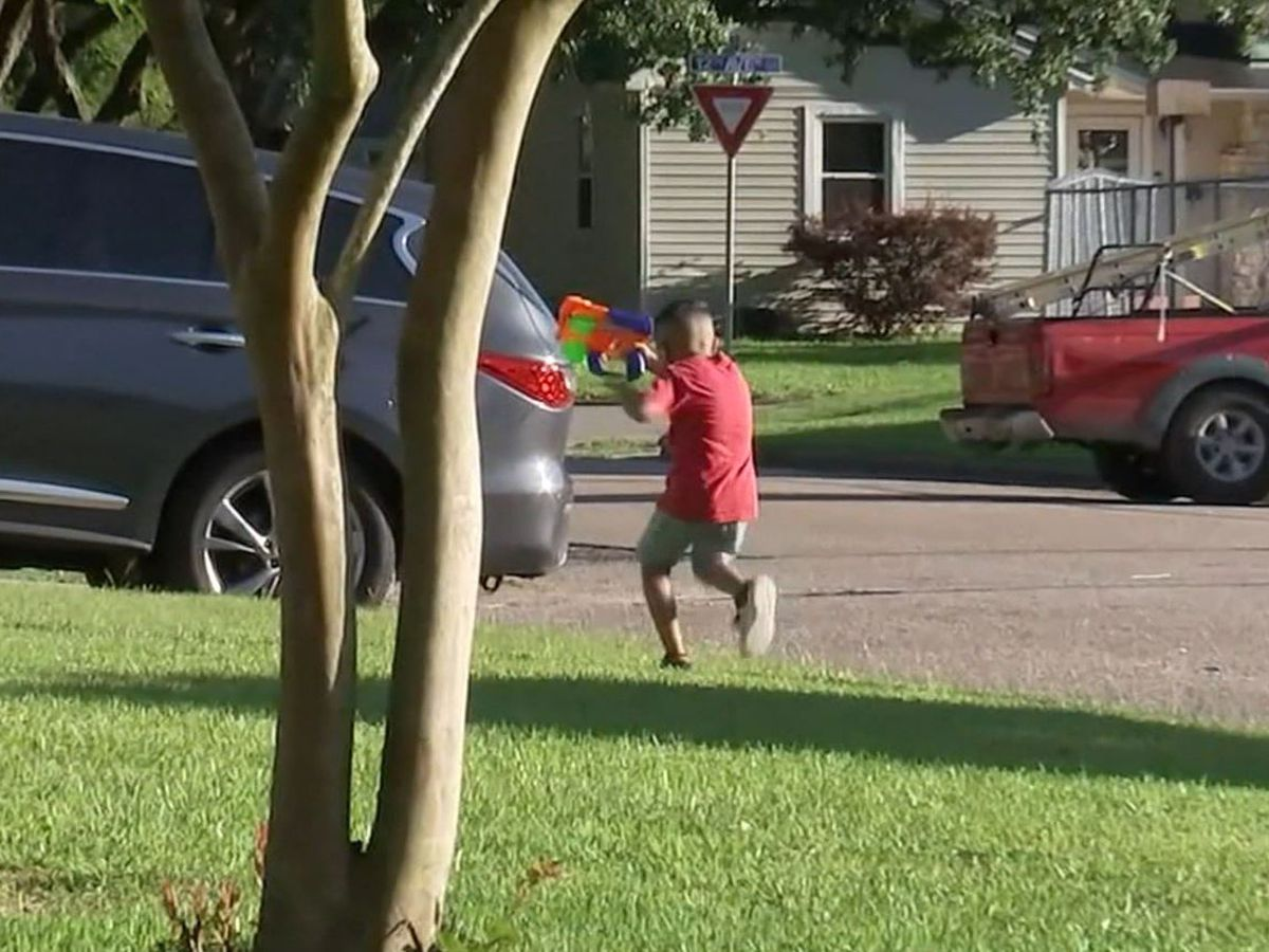 Texas family praises how officers handled 911 call over kids playing with Nerf guns