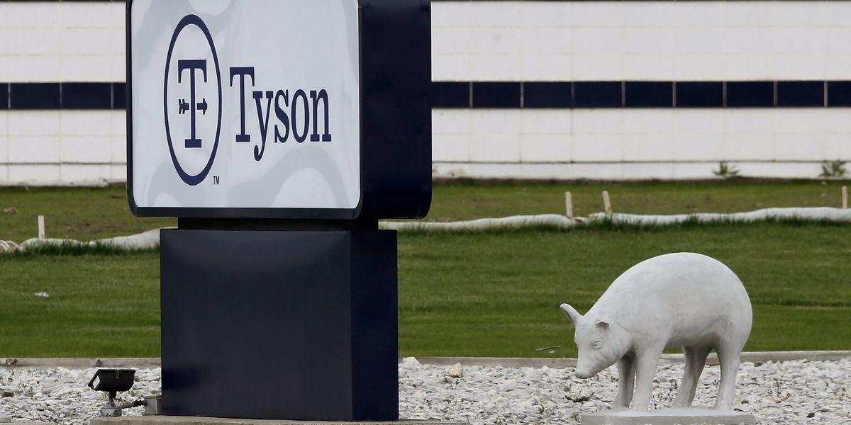 Tyson suspends Iowa plant managers amid virus betting claim