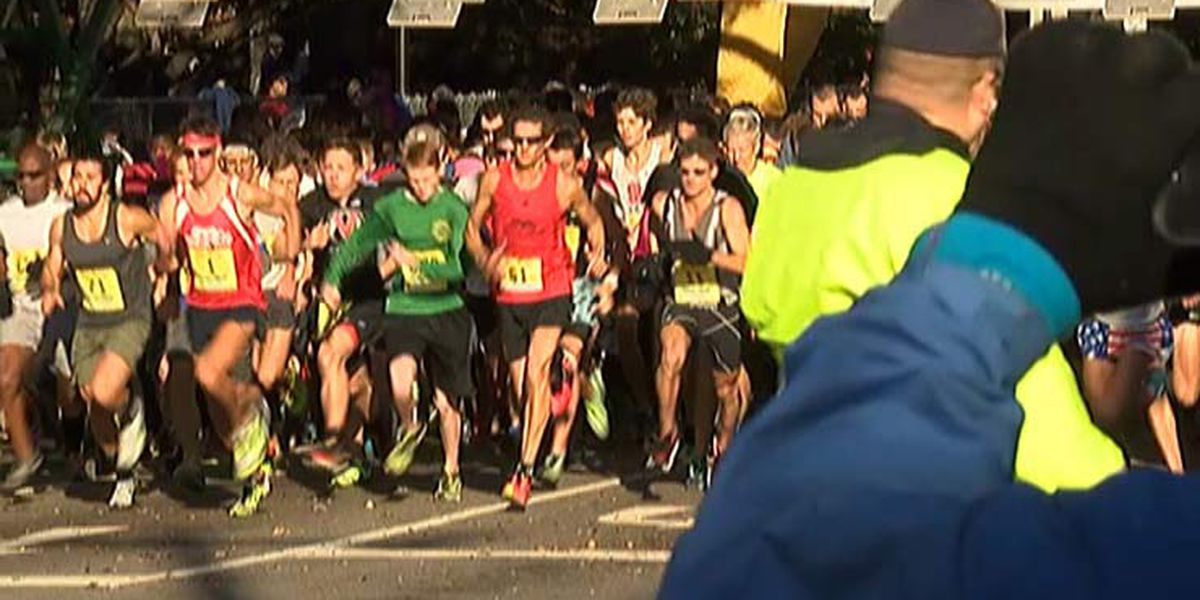 Thousands gather for Turkey Day Run, Gobble Wobble