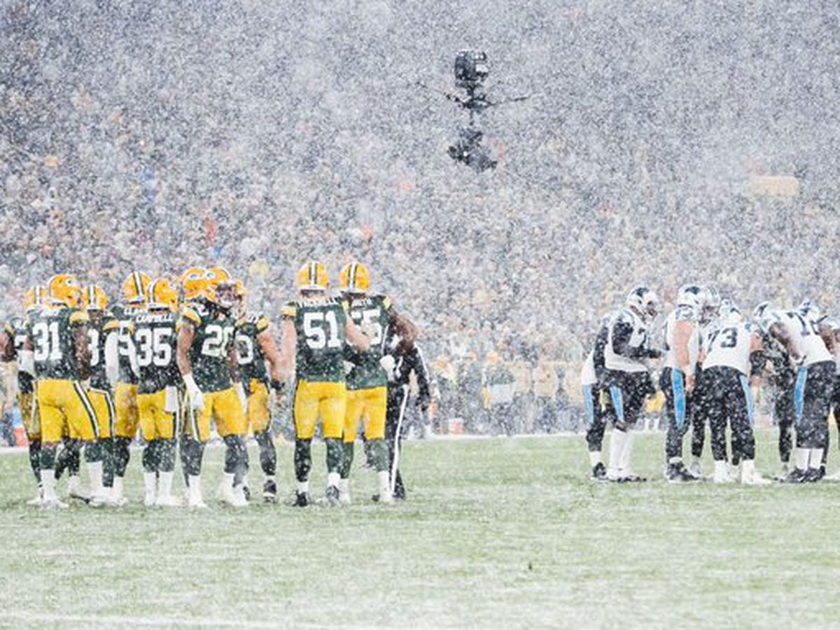Packers' Jones scores 3 TDs in 24-16 win over Carolina