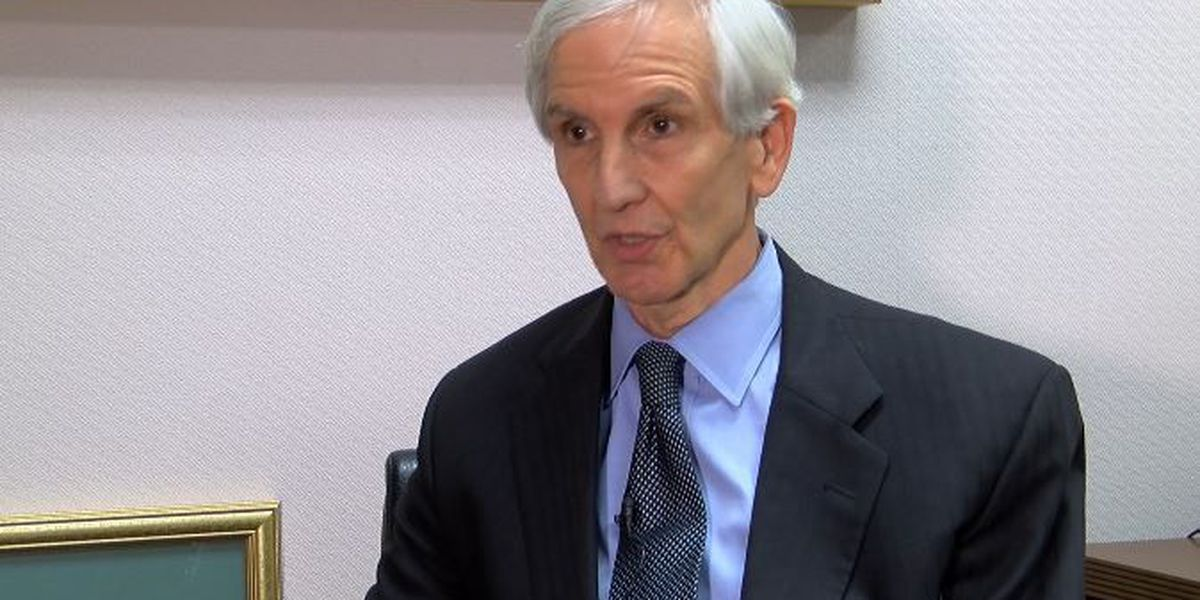Governor names former attorney general to chair Santee Cooper