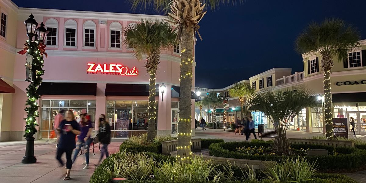Tanger Outlets open for Black Friday shoppers