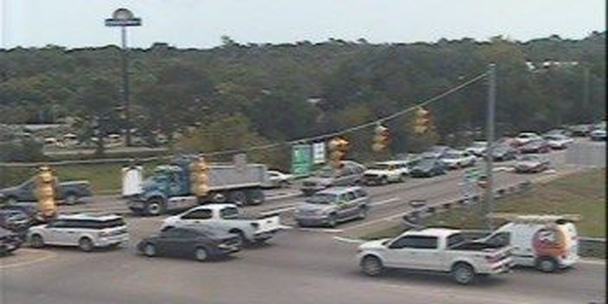 Traffic moving along College Park Road following accident in Ladson