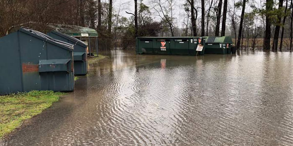 Flooding temporarily closes Dorchester County convenience site