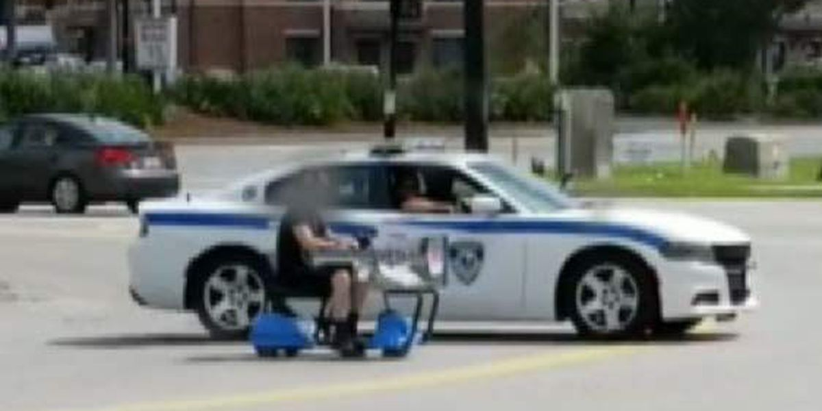Video captures low-speed chase involving Walmart motorized shopping cart