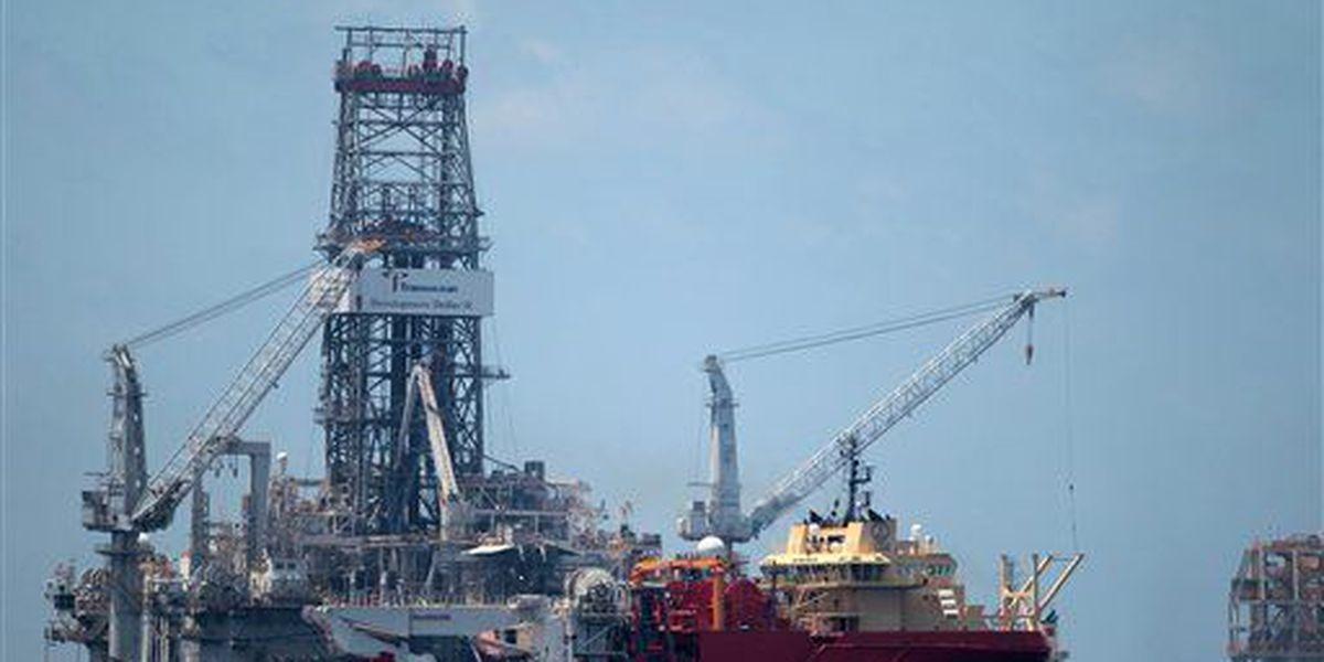 Applause, concern greet move toward drilling off Carolinas