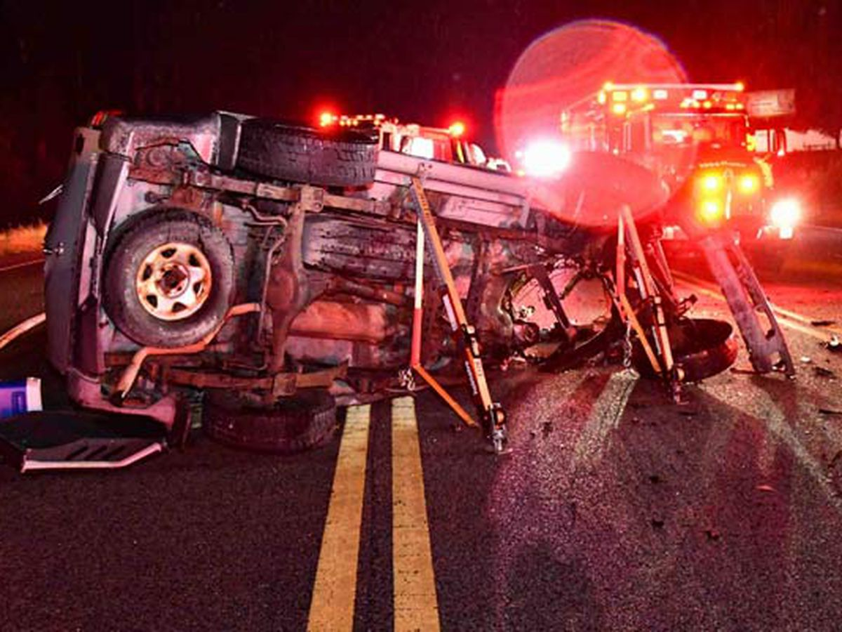 One killed, one injured in early-morning Colleton County crash