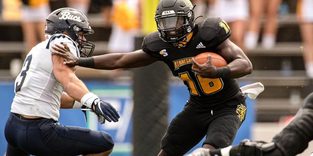 Murphy leads Kennesaw State over Charleston Southern 24-19