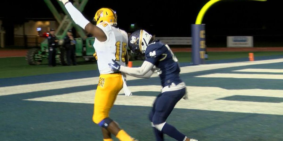 Kennesaw State crushes Charleston Southern 38-10