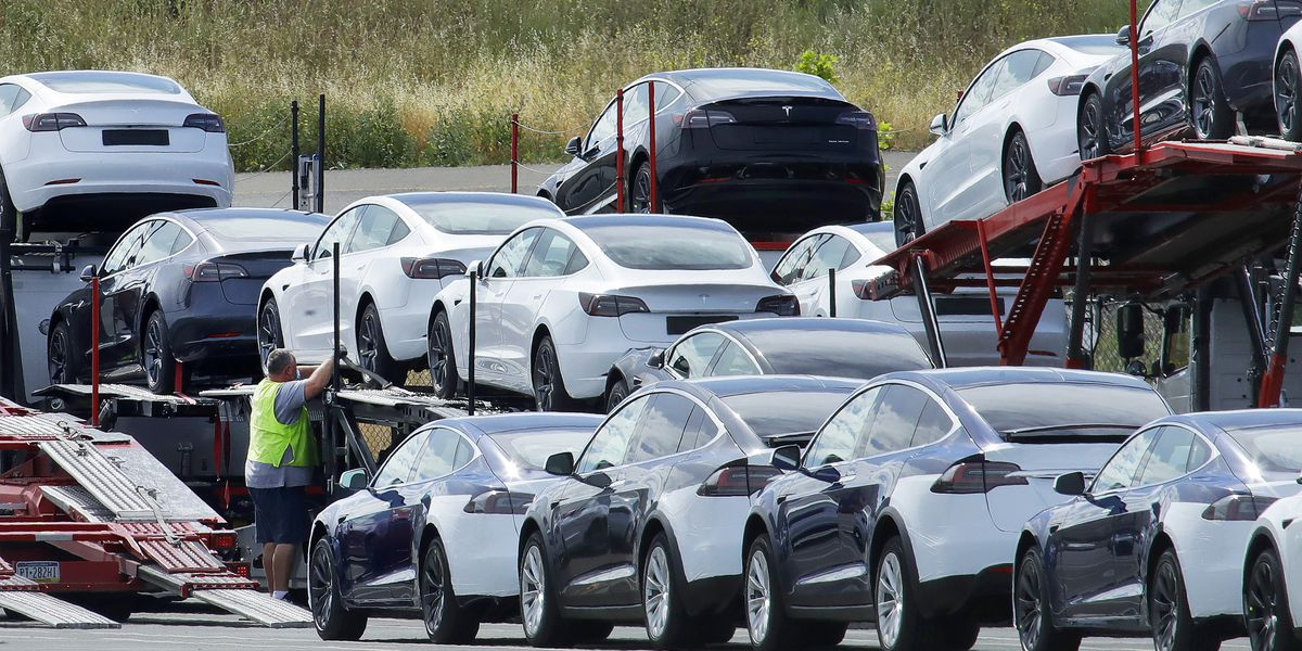 California moves to end sales of new gas-powered cars