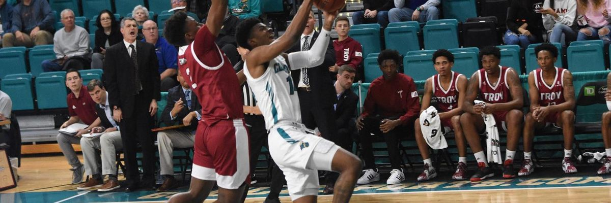 Coastal Carolina earns win over Troy