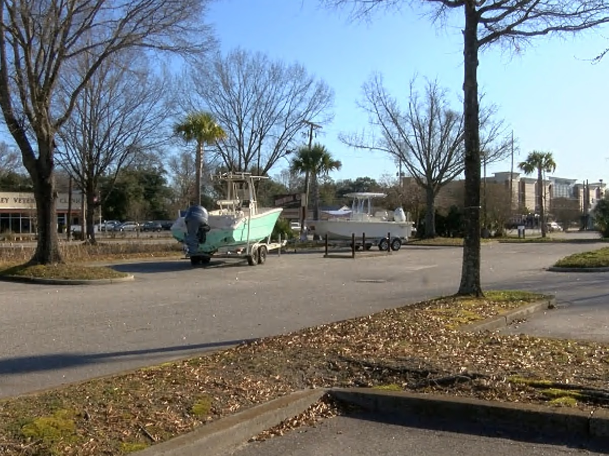 West Ashley apartment complex could be in the works