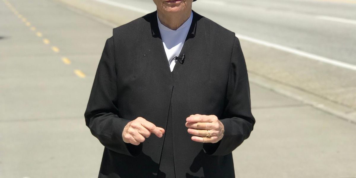 Nun prepares to run in Cooper River Bridge Run