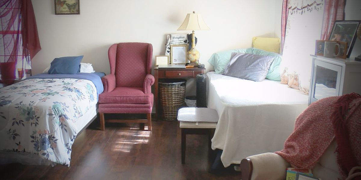 Lowcountry group working to find homes for homeless women