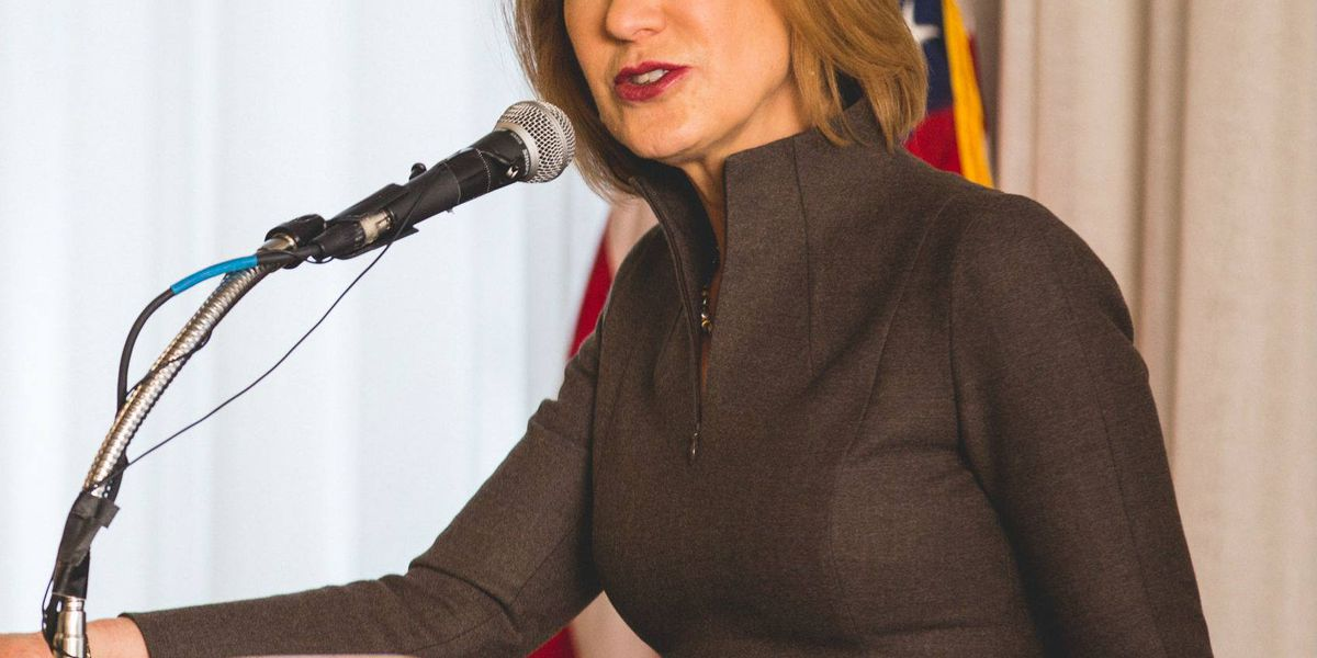Tim Scott hosts Carly Fiorina for town hall meeting