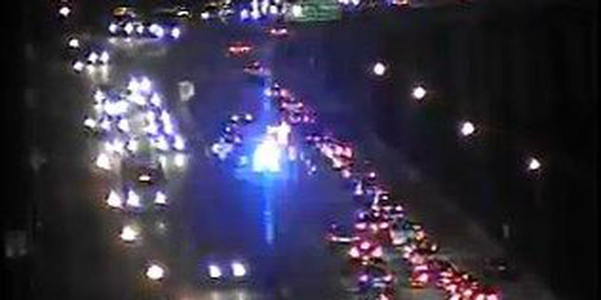 Crews clear I-526 EB accident in North Charleston