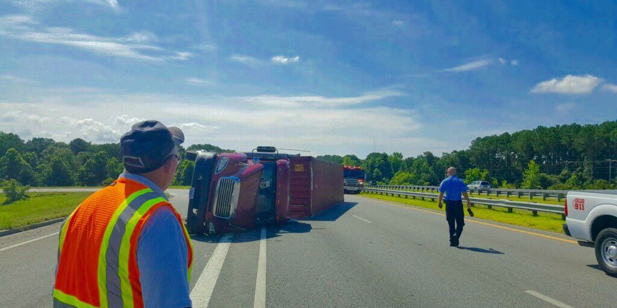 All lanes reopen on I-526 WB after 18-wheeler overturns