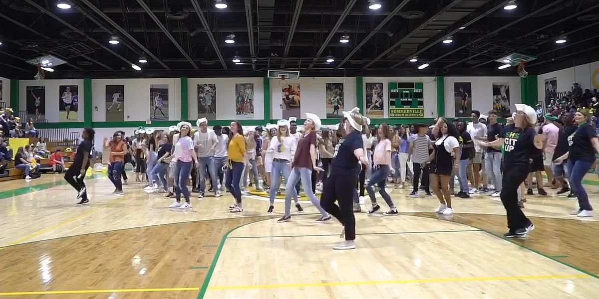 Summerville High School takes up 'Git Up' Challenge and catches Blanco Brown's attention