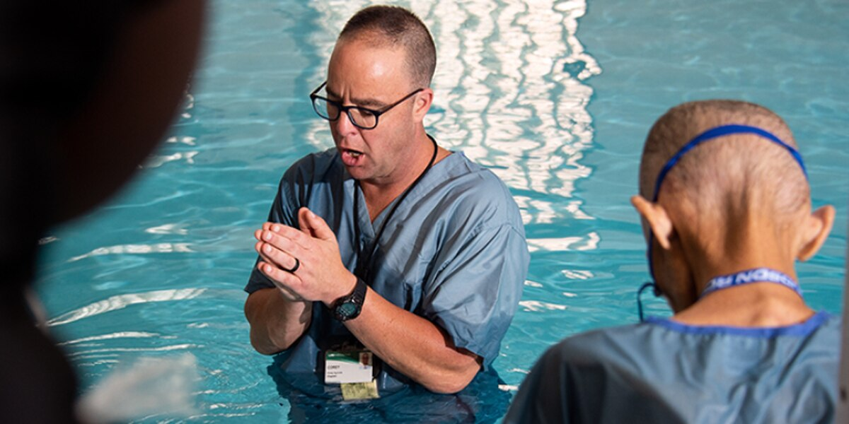 Man with cancer baptized days before he died