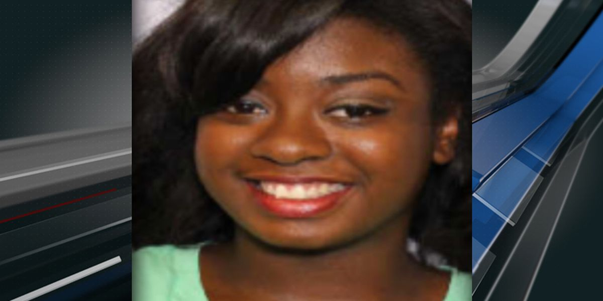 Charleston police searching for missing 23-year-old woman