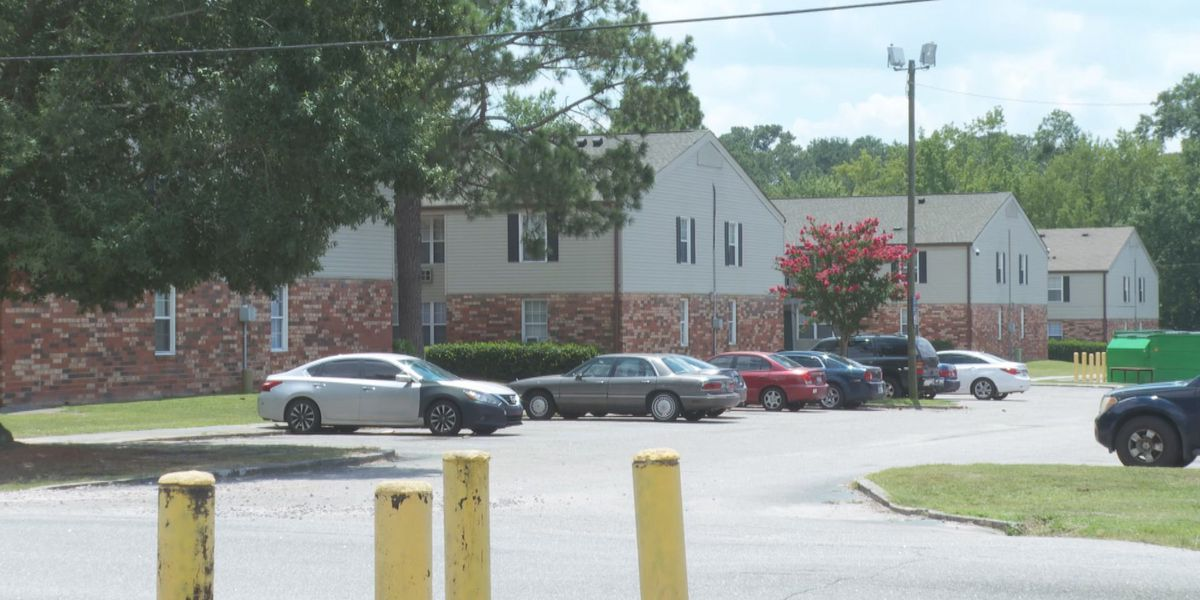 Officials identify victim of deadly shooting at Columbia apartment complex