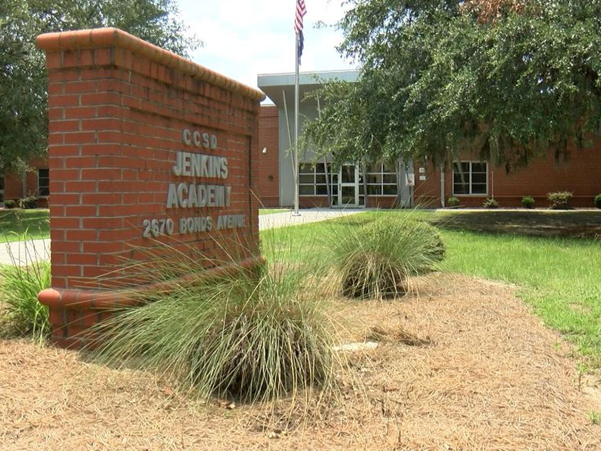 Charleston County teacher placed on leave after allegation of inappropriate word used in class