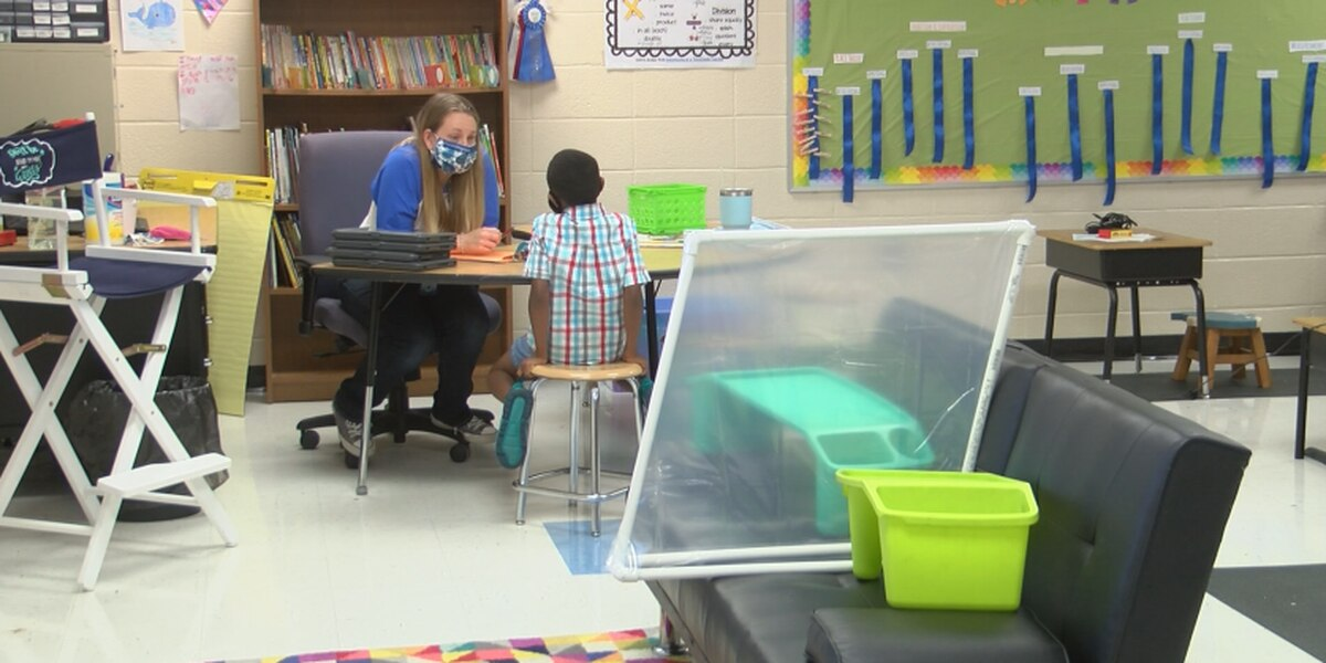 Lowcountry schools, doctors weigh in on 3-foot social distancing in classes