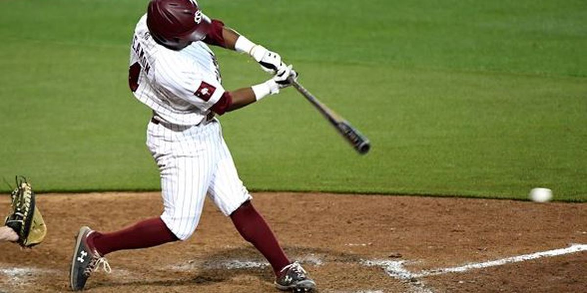 Beamon's Walk-Off Hit Lifts Gamecocks Past USC Upstate