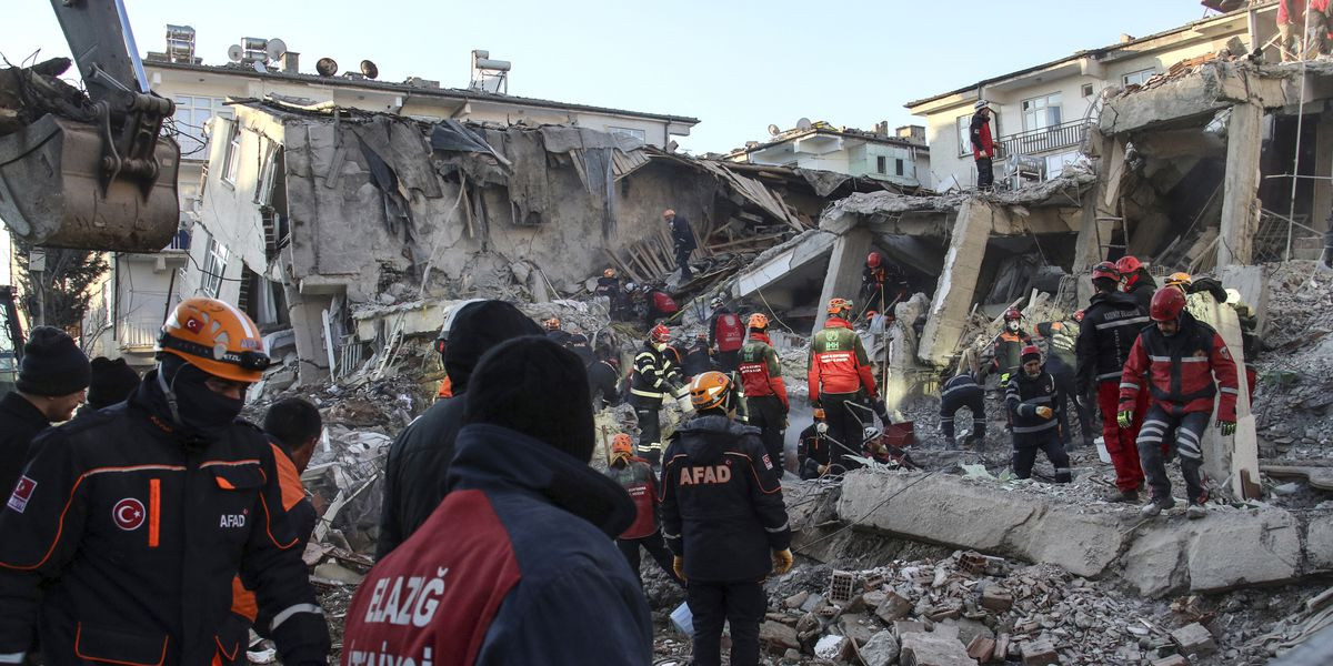 Turkish teams hunt for quake survivors as death toll hits 36