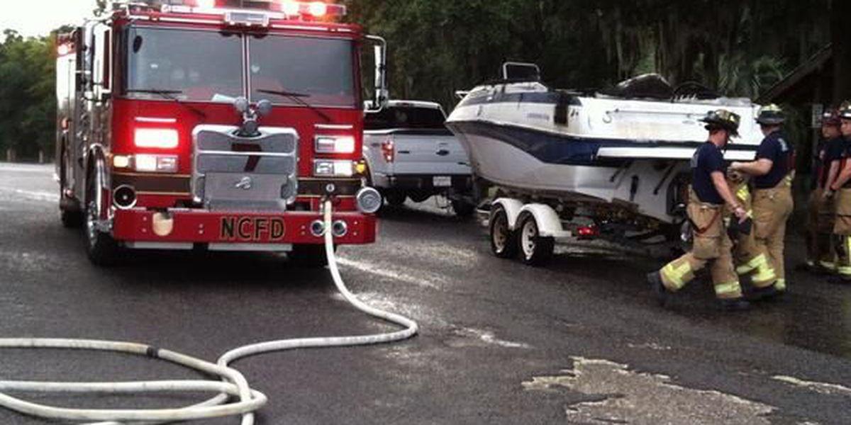 Fire destroys boat near Ashley River Marina