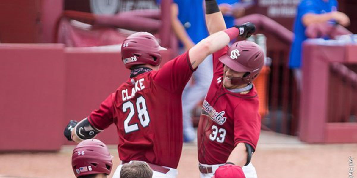 Five Home Runs, Solid Pitching Helps Gamecocks Sweep Florida