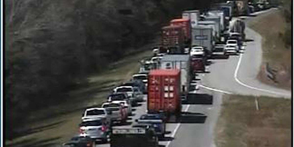 All westbound lanes reopen after crash on I-26W