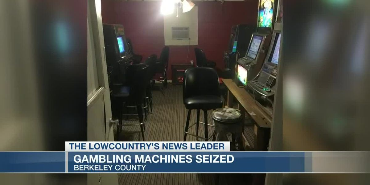 VIDEO: SLED, Berkeley County deputies seize gambling machines from store in Huger