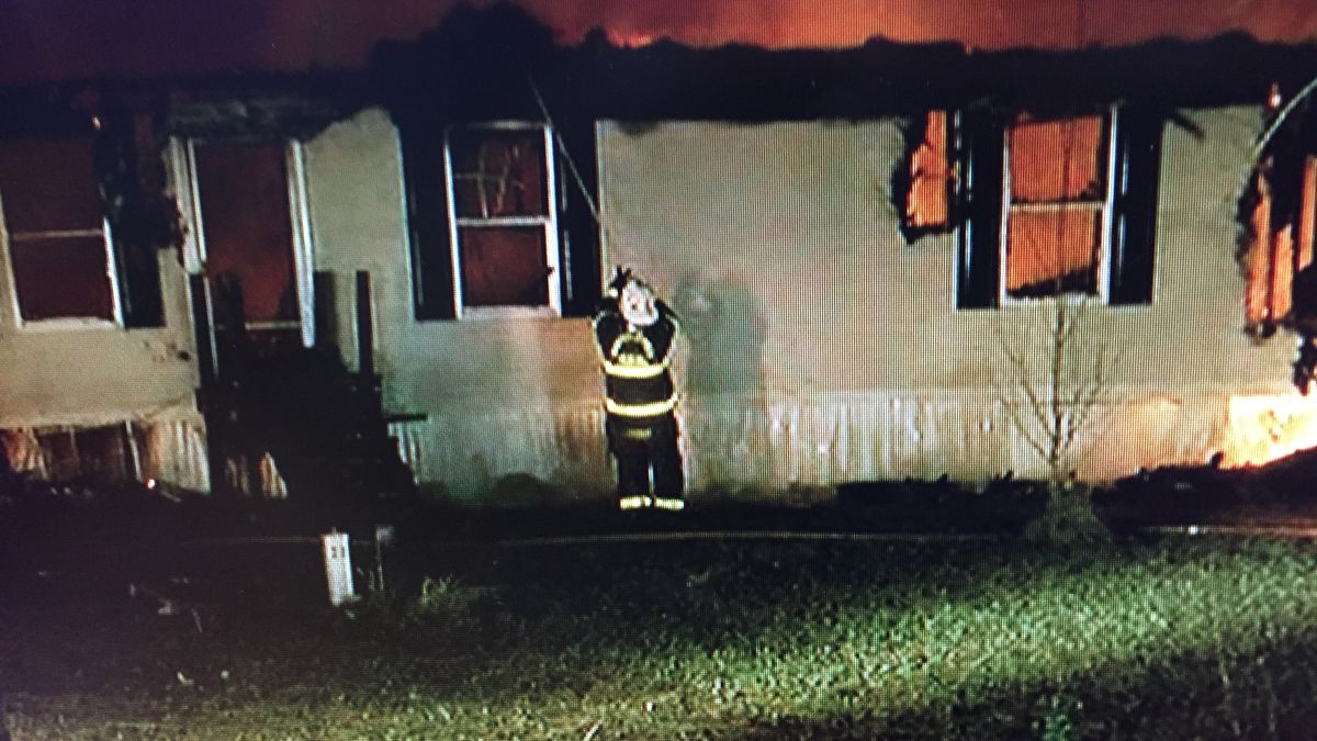 Fire destroys mobile home in Berkeley County