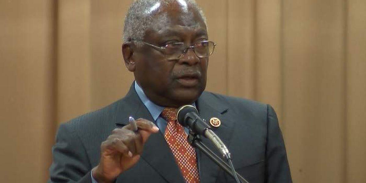 Clyburn hosts town hall to address health disparities in minority communities