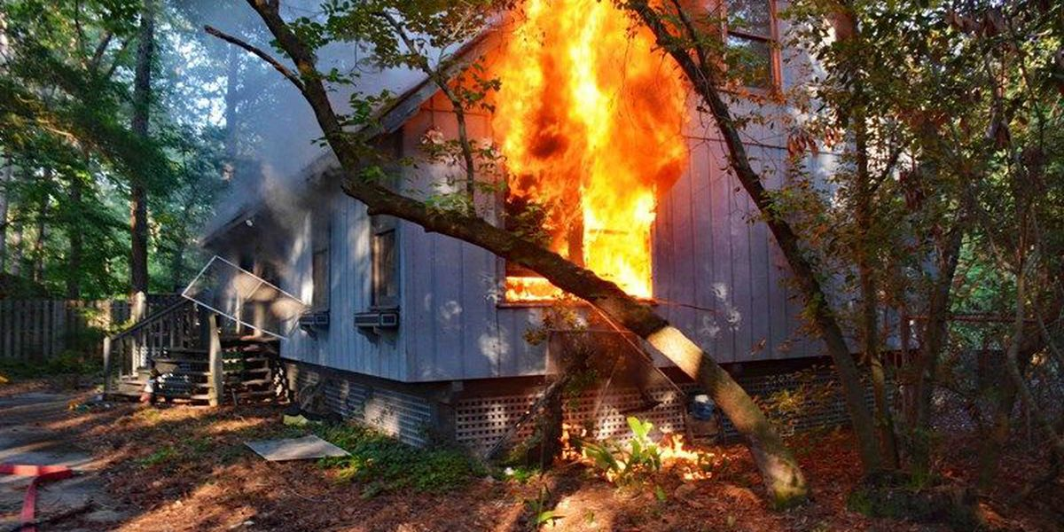 Man killed in Walterboro house fire; authorities investigating cause