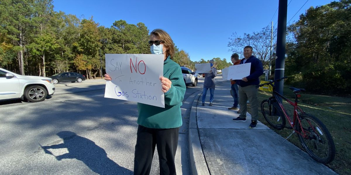 Mount Pleasant homeowners pushing back against proposed gas station