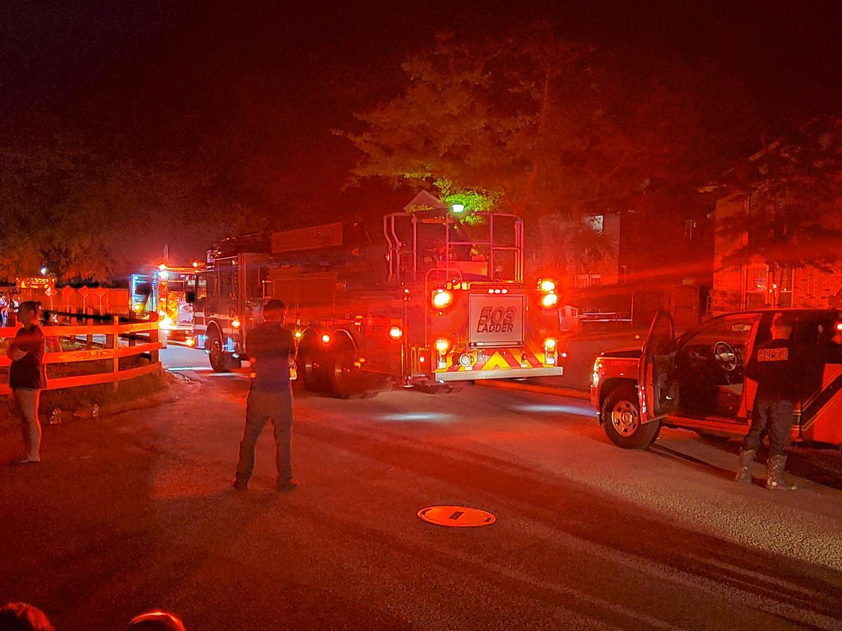 Emergency crews put out fire at Mount Pleasant townhome
