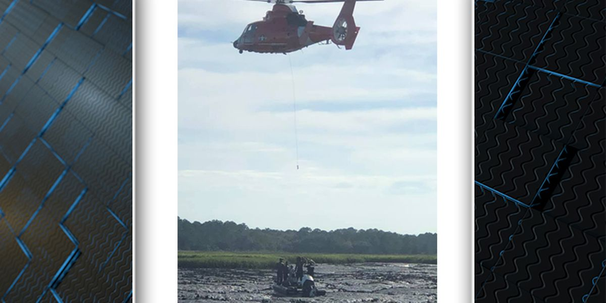 Emergency crews rescue group after boat gets stuck in Lowcountry creek
