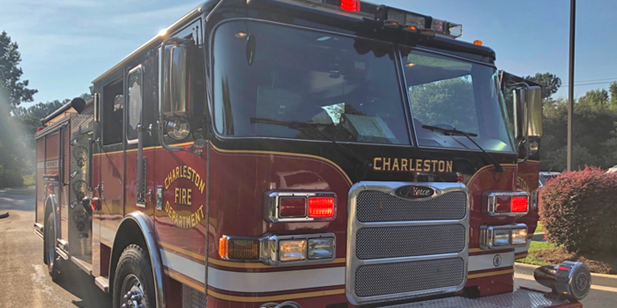 Controlled burns leave air smokey in Charleston area