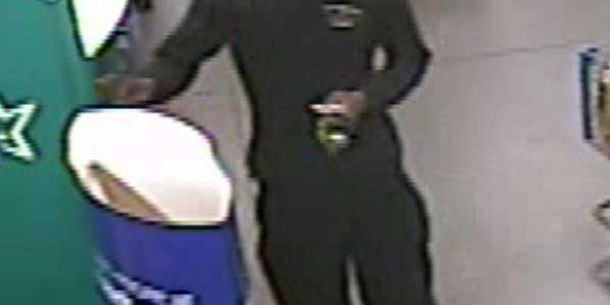 Investigators release pictures of Georgetown Co. burglary suspect