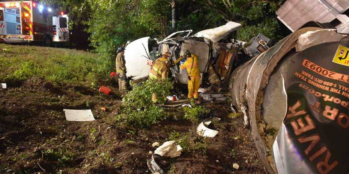 300 gallons of orange juice leaks into swamp following truck accident
