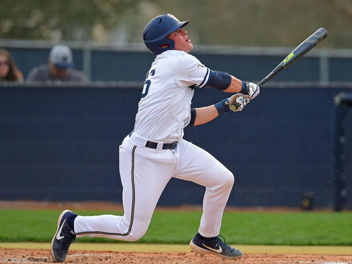 Ninth-inning rally pushes Highlanders past Bucs Sunday
